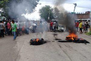 छात्रालाई ट्रकले किचेपछि कोहलपुरमा अनिश्चितकालीन कर्फ्यू