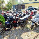 लकडाउन उल्लंघन गर्ने ७४ जनासहित ५१ सवारीसाधन नियन्त्रणमा