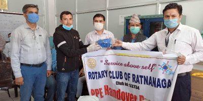भरतपुर अस्पताललाई रोटरी क्लब अफ रत्ननगरको सहयोग