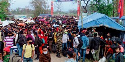 दुःख खेप्दै सीमामा अलपत्र नेपाली