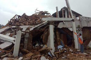 इन्डोनेसियामा ६.२ म्याग्नीच्युडको शक्तिशाली भूकम्प, ३४ जनाको मृत्यु