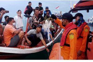 इन्डोनेशियामा हराएको विमानकाे दुर्घटनास्थल भेटियाे
