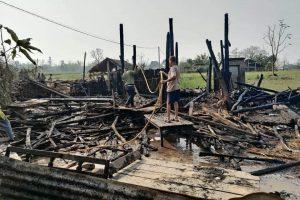 माडीमा आगलागीबाट दुई घर जलेर नष्ट