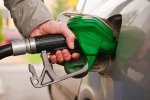 नेपालमा फेरि बढ्यो पेट्रोल र डिजलको मुल्य